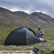 The Niak is a great choice for any adventure in the warmer months of the year. It's quite light, can sleep one or two, and has impressive weather protection. Seen here on a Dall Sheep hunt in the Mackenzie Mountains, Northwest Territories, Canada. Foto: Adam Foss/Seacat Creative.